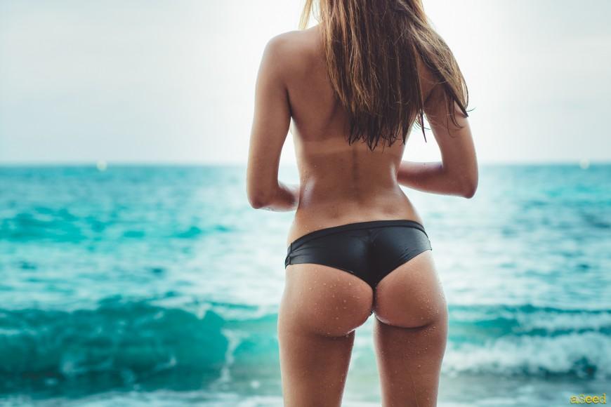 fesses à la plage