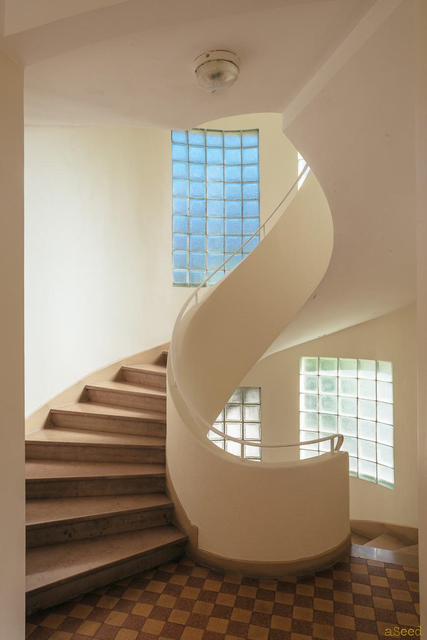 Photographie architecture escalier