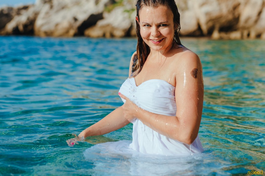 Trash The Dress à la Plage sur la Côte d'Azur