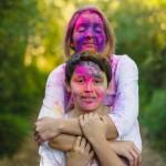 Lifestyle : Holi rainbow family