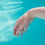 Chill à la piscine Lanzarote