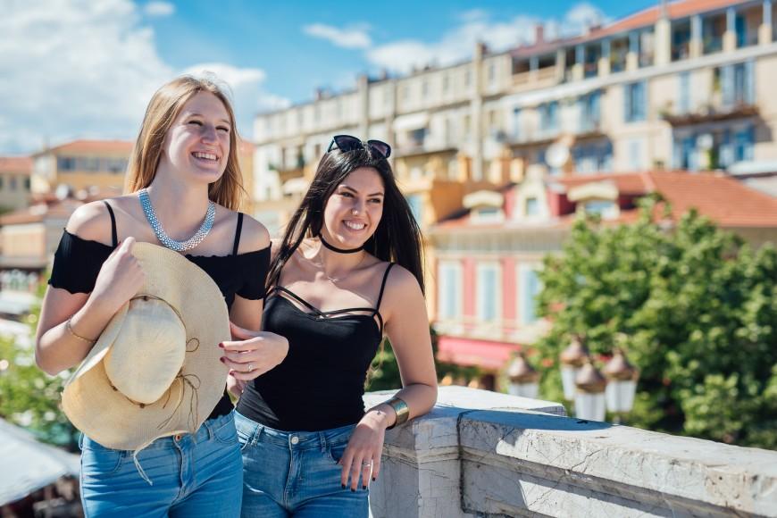 Shooting photo touristes Nice entre amies (2)