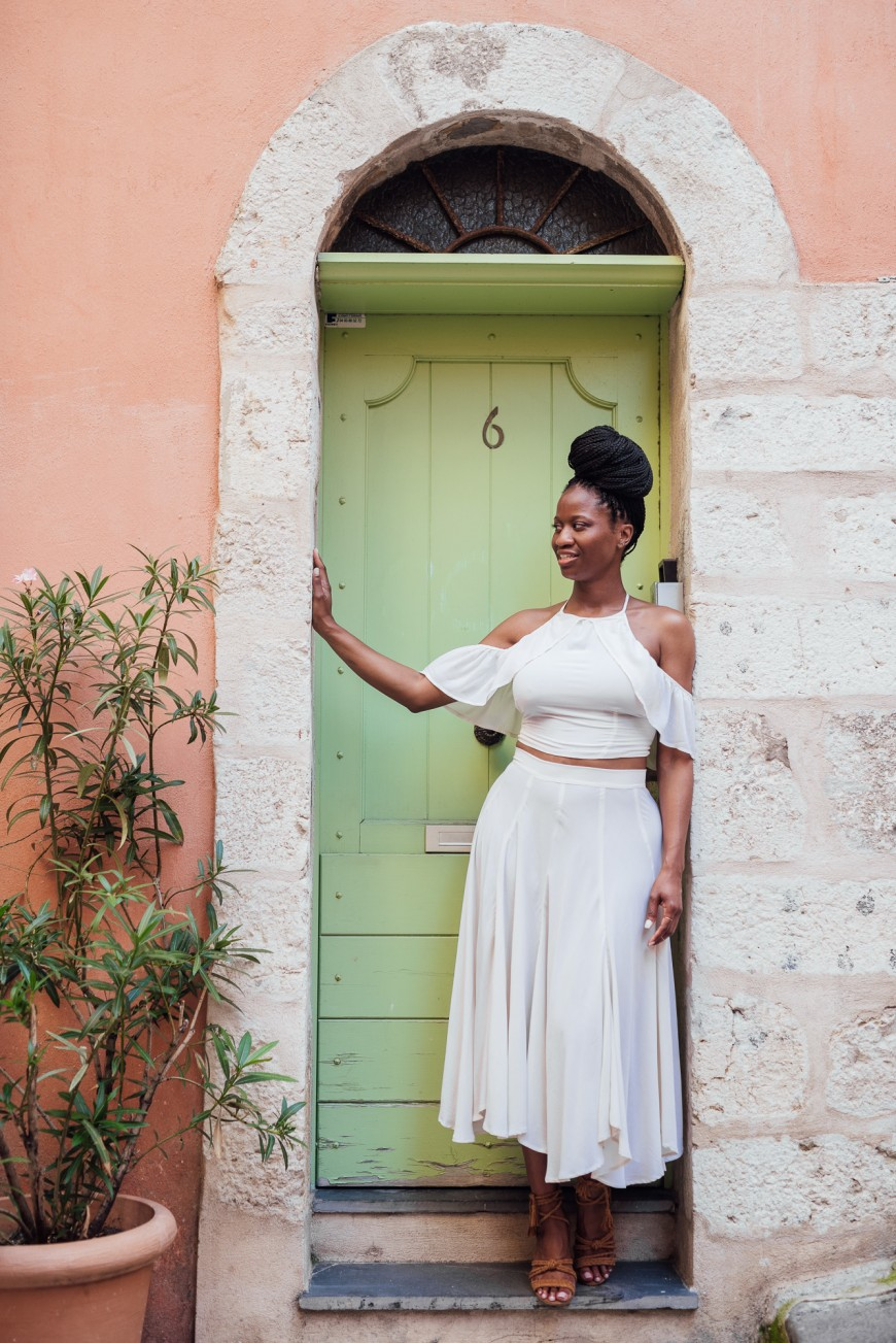 Lifestyle photographer in Nice - Old town (6)