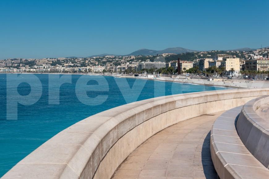 Offrez une photo de Nice