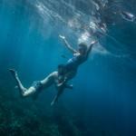 Séance photo de grossesse sous-marine